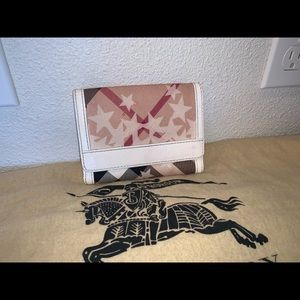 Authentic Burberry nova check heart compact wallet